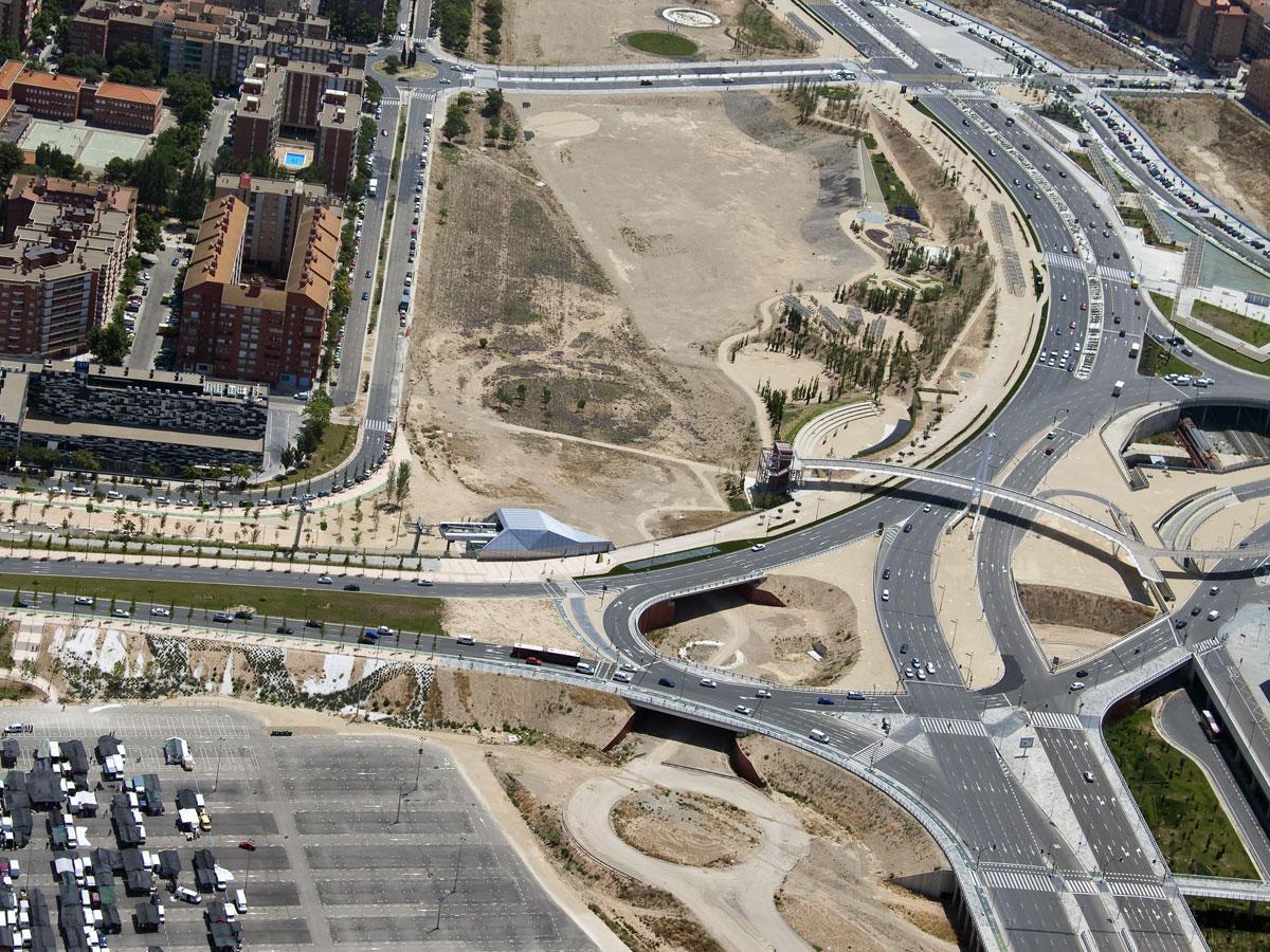 Urbanización Del Paseo Del Agua (Zaragoza)