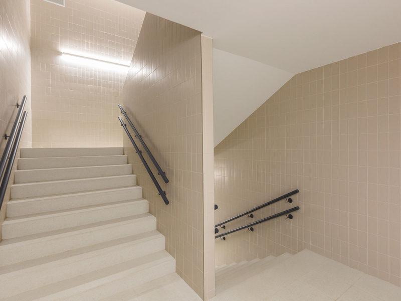 Instituto Burlada Escaleras